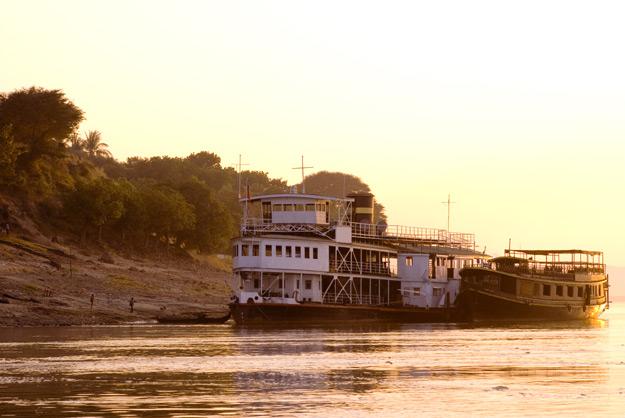 mekong cruising
