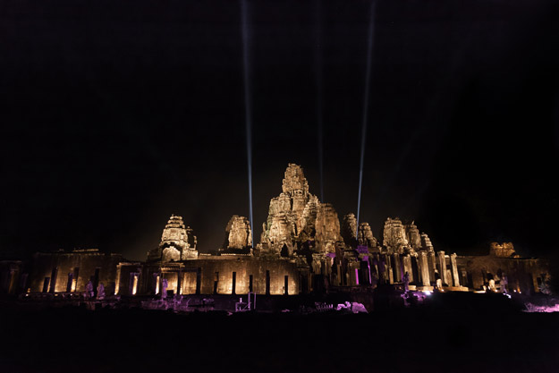 khmer new year bayon temple