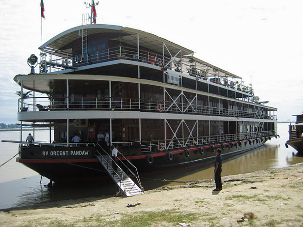 irrawaddy river cruise
