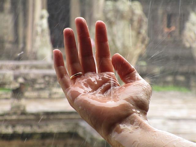 Rain at Cambodian temple