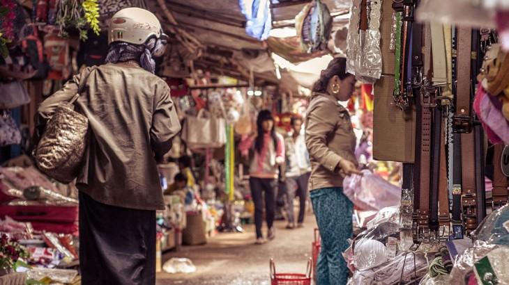 vietnam's street markets