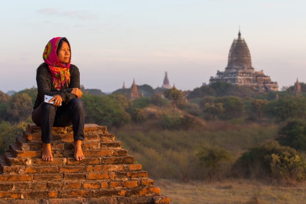 Woman barefooted on Burma temple