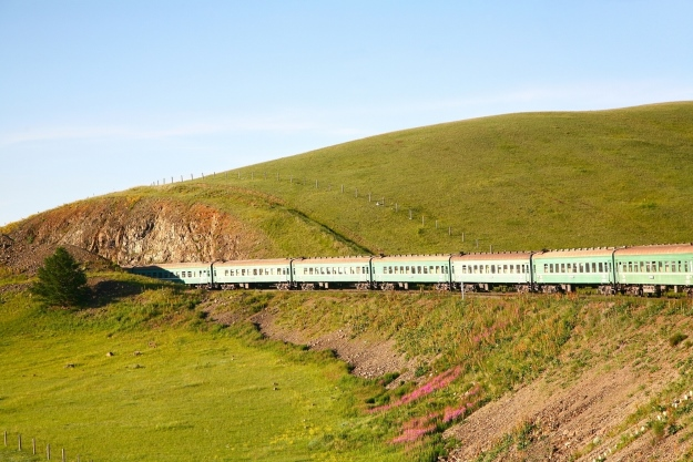 Train travelling between China and Mongolia