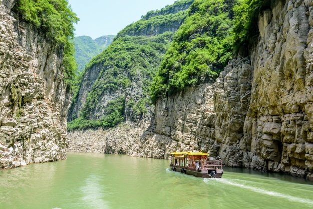 Cruising on the Yangtze River