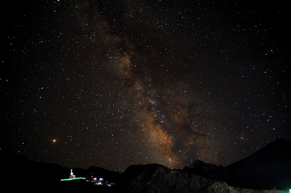 The Milky Way visible over the mountains of Ladakh