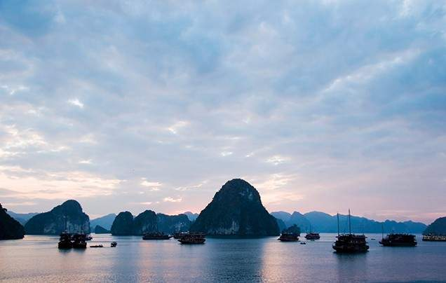 Days 4-5 Cruise on Halong Bay