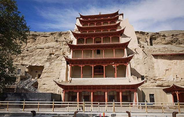 DAY 13 MOGAO GROTTOES