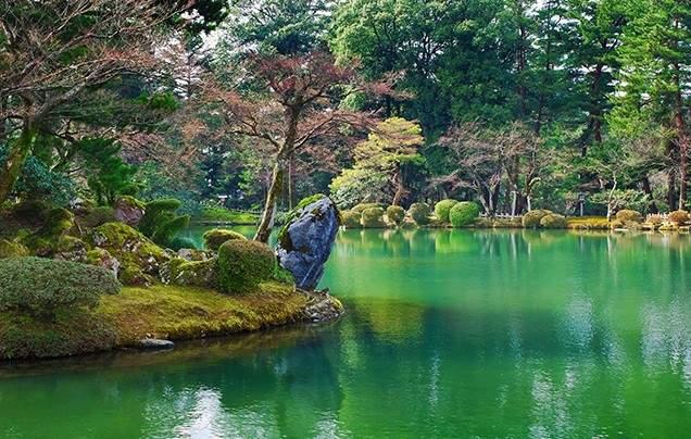 Day 8 Kenroku-en Garden