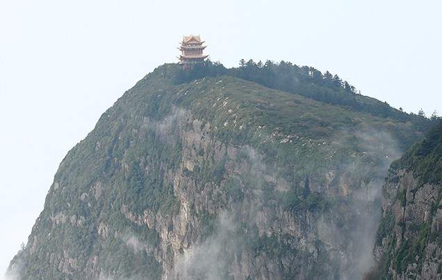 Day 4 Explore Mount Emei