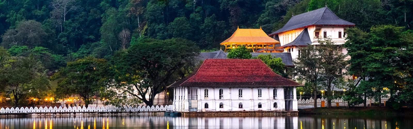 Temple of the Sacred Tooth Relic Holidays